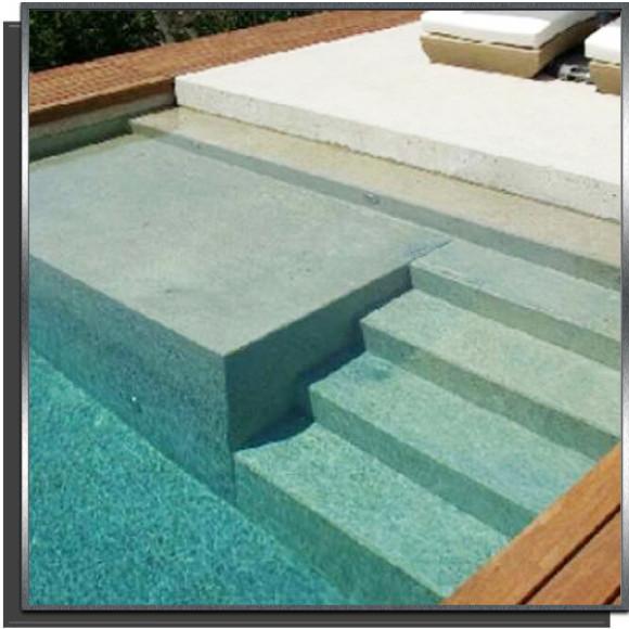 Kit piscine 7x4x1.50m avec plage + 3 marches droites