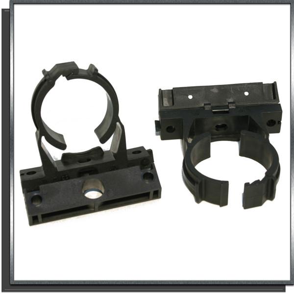 Colliers à clip pour tuyaux souples et rigides Ø60-65